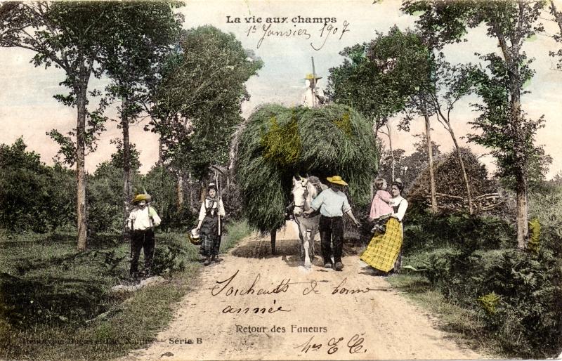 Carte Postale Ancienne - Retour des Faneurs