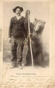 Carte Postale Ancienne - Eleveur d'Ours (Haute-Ariège)